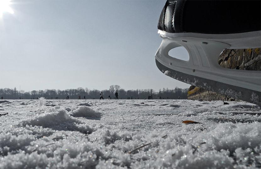 zugefrorener Maschsee im Februar 2012
