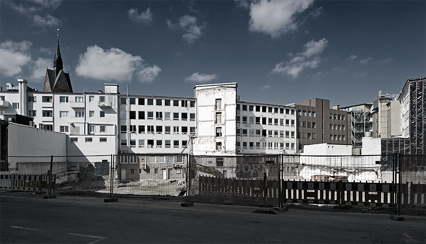 Baugrube für den Deutsche Hypo Neubau in Zentrum Hannovers